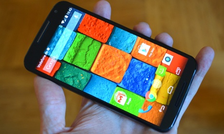 Motorolas Moto X - Like a Smartphone, but in Leather