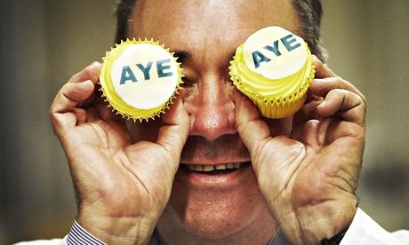 Alex Salmond visits Brownings Bakers in Kilmarnock.