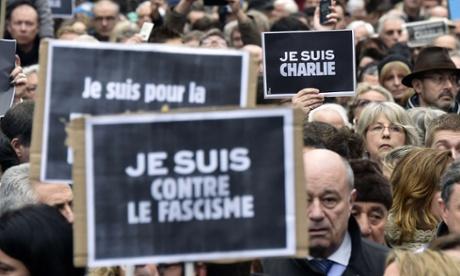 Paris terrorist attacks: gunman's girlfriend evades French police