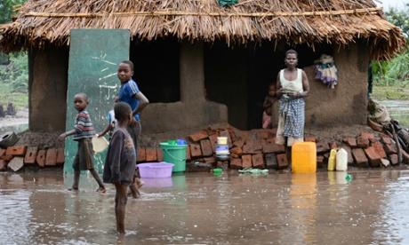 Malawi floods kill 176 people