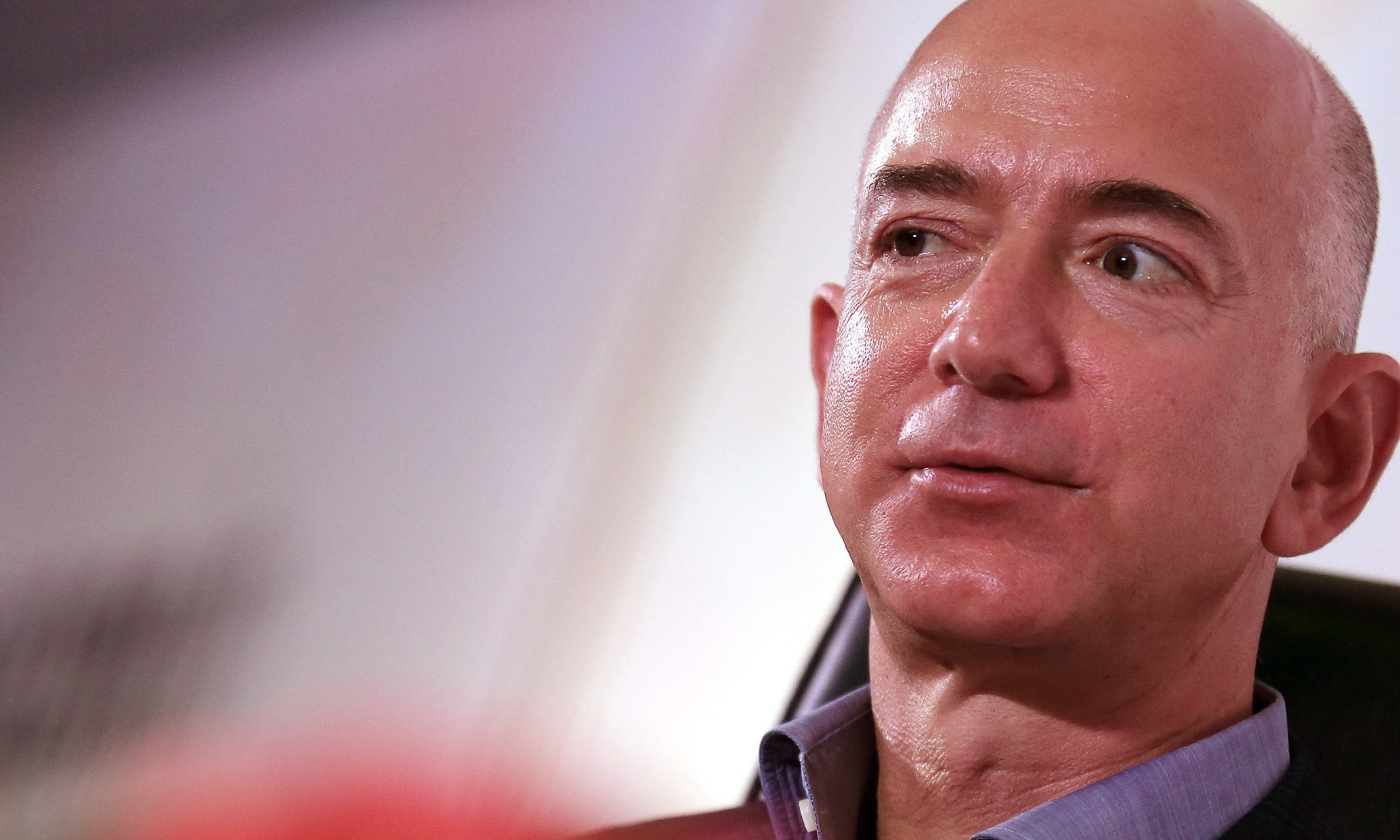 Amazon challenges Google with cloud email service for business market