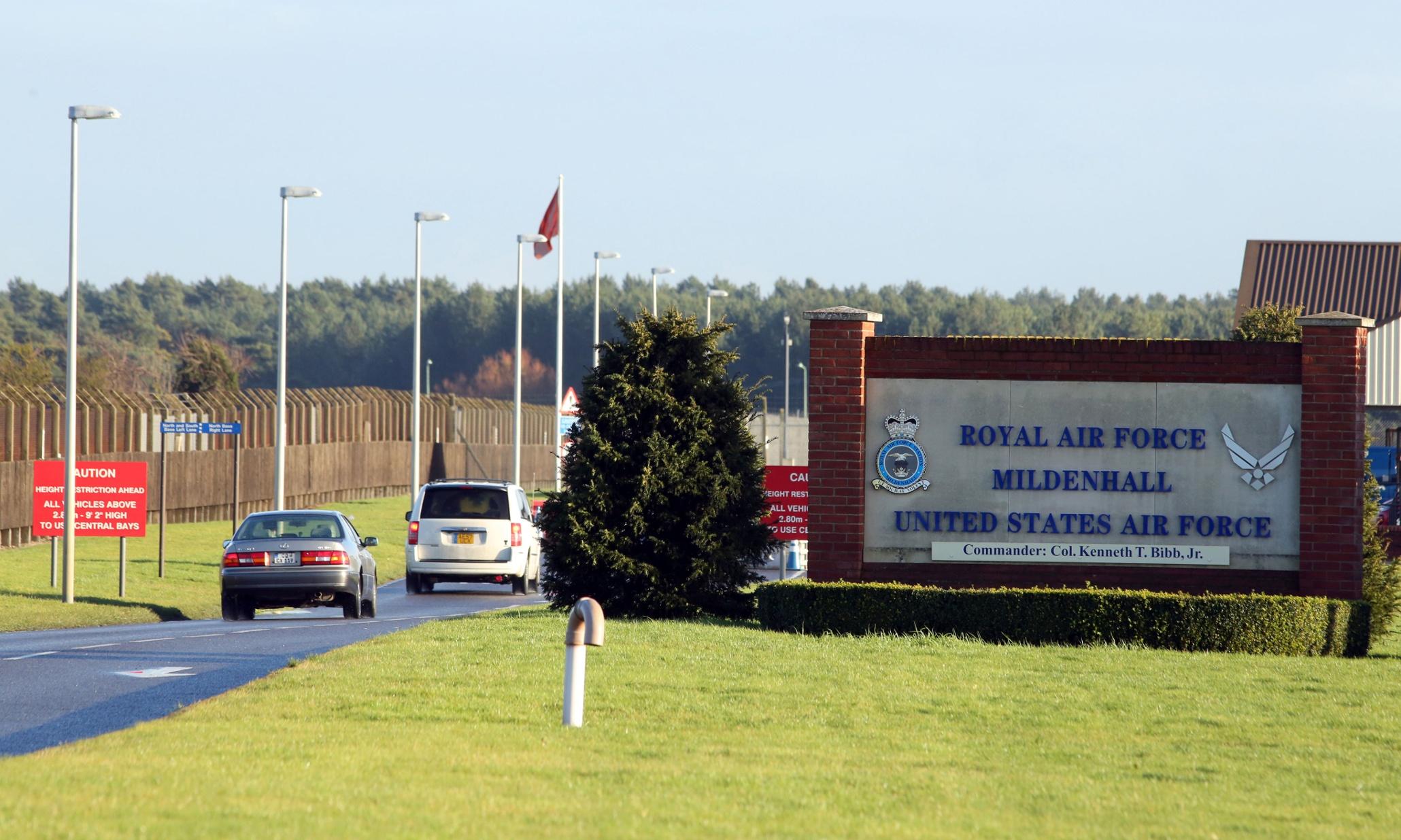 Para cortar gastos, EUA reduzem bases militares na Europa