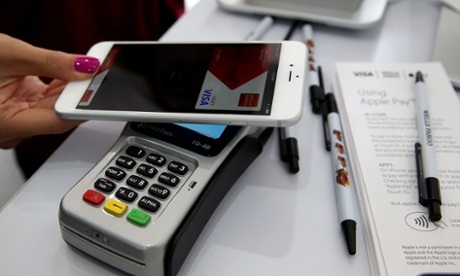 Nordic countries point way to cashless future as US struggles with chip-and-pin
