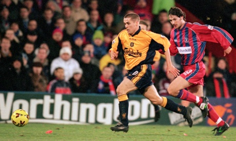 Michael Owen, with Craig Harrison in hot pursuit, back in 2001.