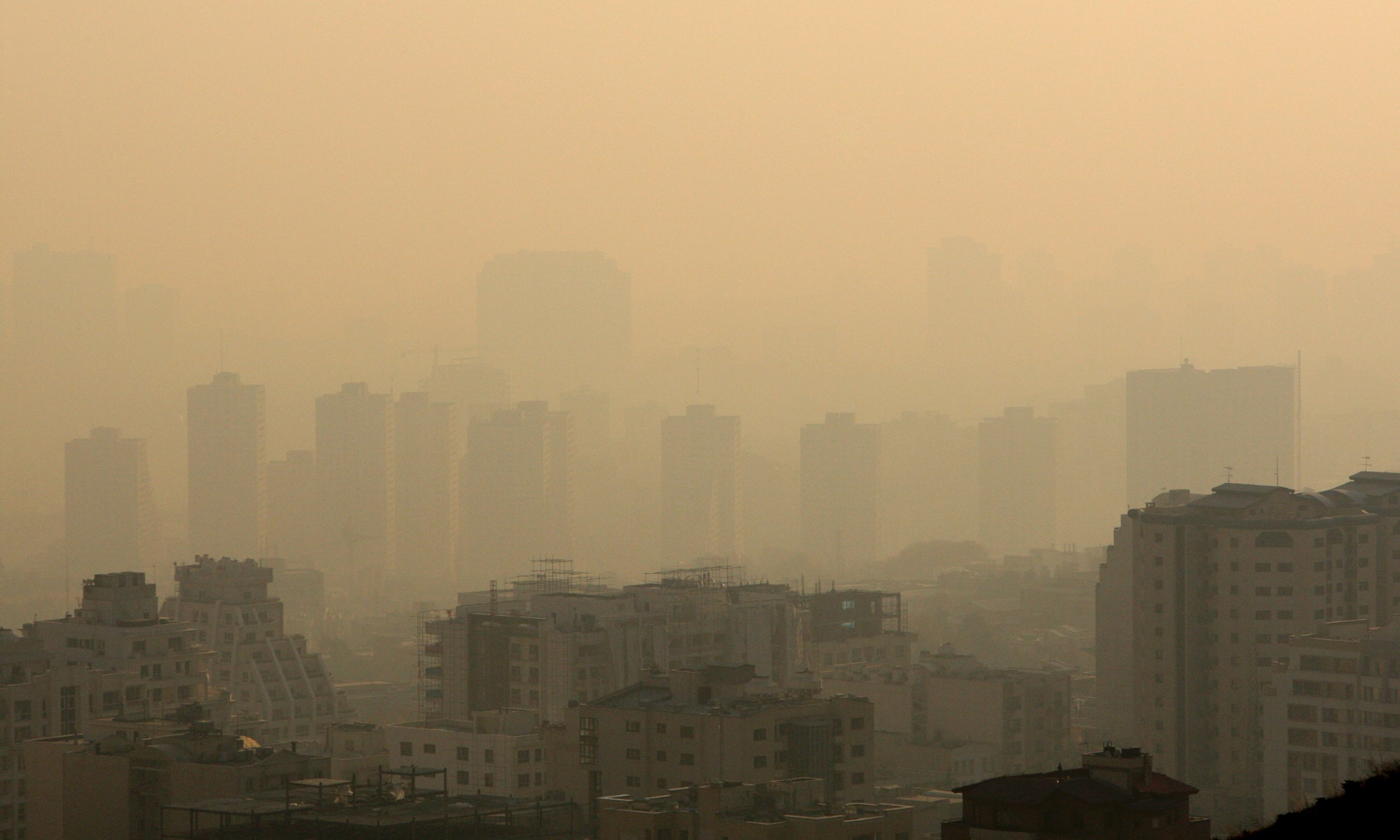 iran pollution Iran's pollution worries come by air and water - npr (january 31, 2007) iran smog 'kills 3,600 in month' - bbc (january 9, 2007) mainstreaming environment in the energy sector - the case of the energy- environment review for iran - world bank (december 1, 2006).