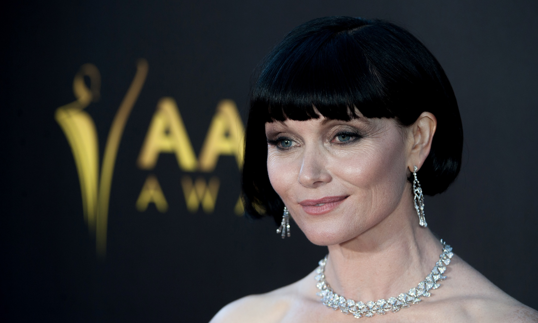 Essie Davis Babadook essie davis on the babadook: people made masks of