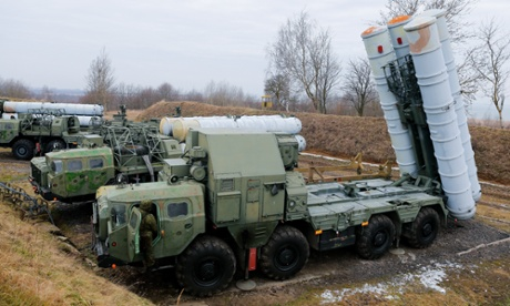 Russia offers to sell anti-aircraft missiles to Iran