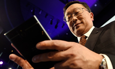 BlackBerry left on the line as UK users continue to hang up