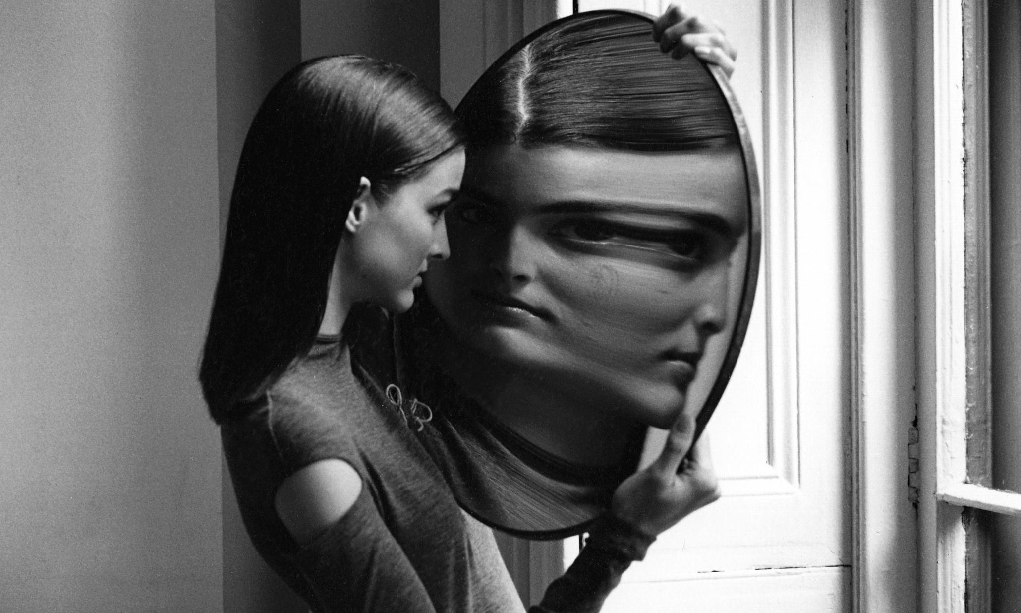 Duane Michals Best Photograph French Vogue Does Quantum