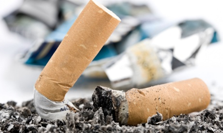 Shopping vouchers 'most effective' way to help pregnant women stop smoking