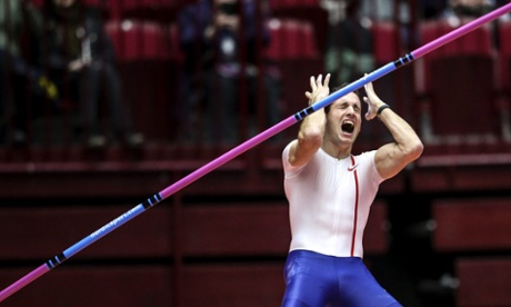 Sport picture of the day: pole vault despair