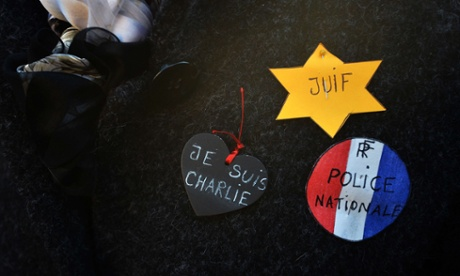 UK police force apologises for taking details of Charlie Hebdo readers