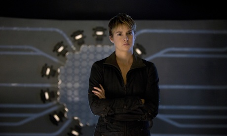 Insurgent review – well-oiled dystopic action