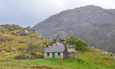 UK wilderness adventures: bothy to bothy in the Highlands
