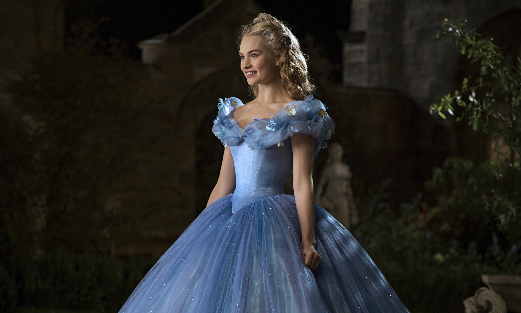 Cinderella's Lily James isn't alone. Male movie stars have ...