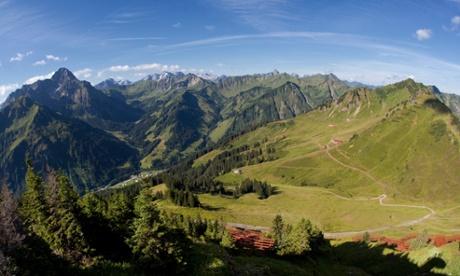 C01HW0 Mt Widderstein and Mt Muttelbergkopf as seen from Mt Walmendinger Horn, Allgaeu, Kleinwalsertal, Vorarlberg, Austria, EuropeMtWiddersteinMtMuttelbergkopfseenMtHornWalmendingerAllgaeuKleinwalsertalVorarlbergAustriaEuropeAustrianbackdropbackdropschainchainscountrysidedaydaylightdaytimeduringEuropeanexteriorexteriorsfromHornKalkalpenlandscapelandscapeslooklook-outlook-outslookoutlookoutsmoMuttelbergkopfnaturenobodyoutoutdooroutspanoramapanoramaspanoramicphotophotosrangerangesrangyregionregionssceneriessceneryscenicseenshotshotsthevalleyvalleysviewviewsvistavistasWiddersteinwideOsterreichosterreichischosterr
