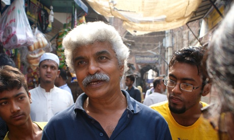 Old Dhaka in danger: young volunteers bid to save historic city from developers