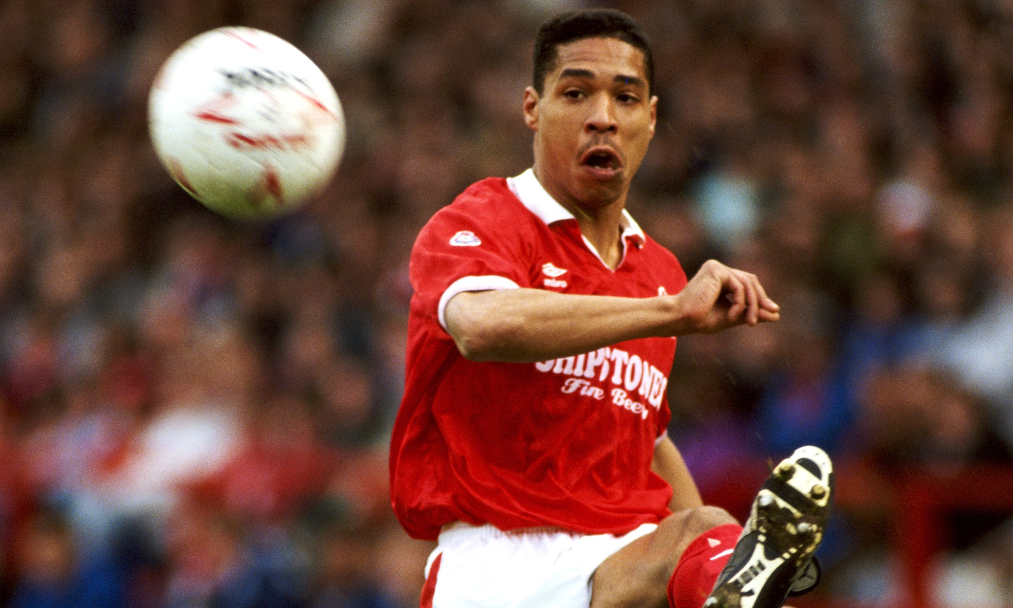 golden goal  des walker for nottingham forest v luton  1992