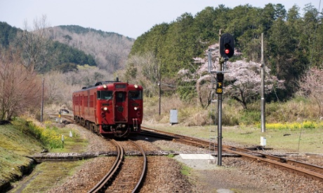 JR Hisatsu line, Isaburo, Shinpei,