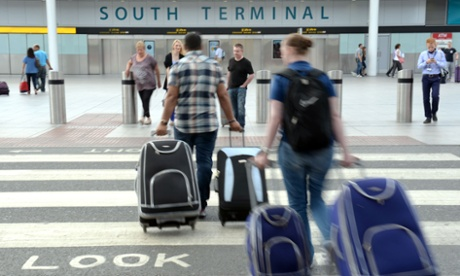 British holidaymakers lose millions in internet scams, says report
