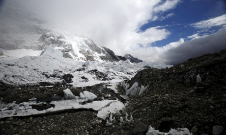 Deadly Everest avalanche triggered by Nepal earthquake