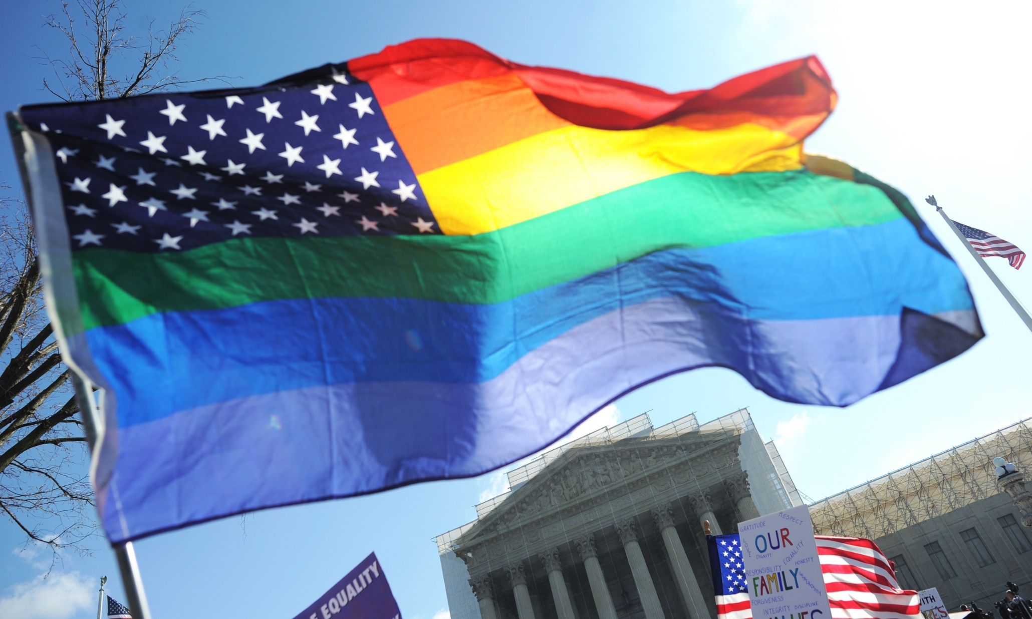 Top Lawyers Say Supreme Court Will Back Gay Marriage Despite GOP Opposition
