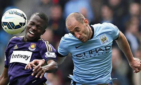 Pablo Zabaleta: Manchester City manager Manuel Pellegrini deserves more respect