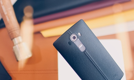 LG hopes G4's leather back and curved screen will be enough to beat Samsung
