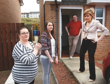 Nicola Sturgeon canvassing in Glasgow