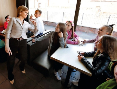 Nicola Sturgeon in McDonald's with a group of children