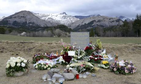 Germanwings crash: EU concerns over German monitoring of crew health