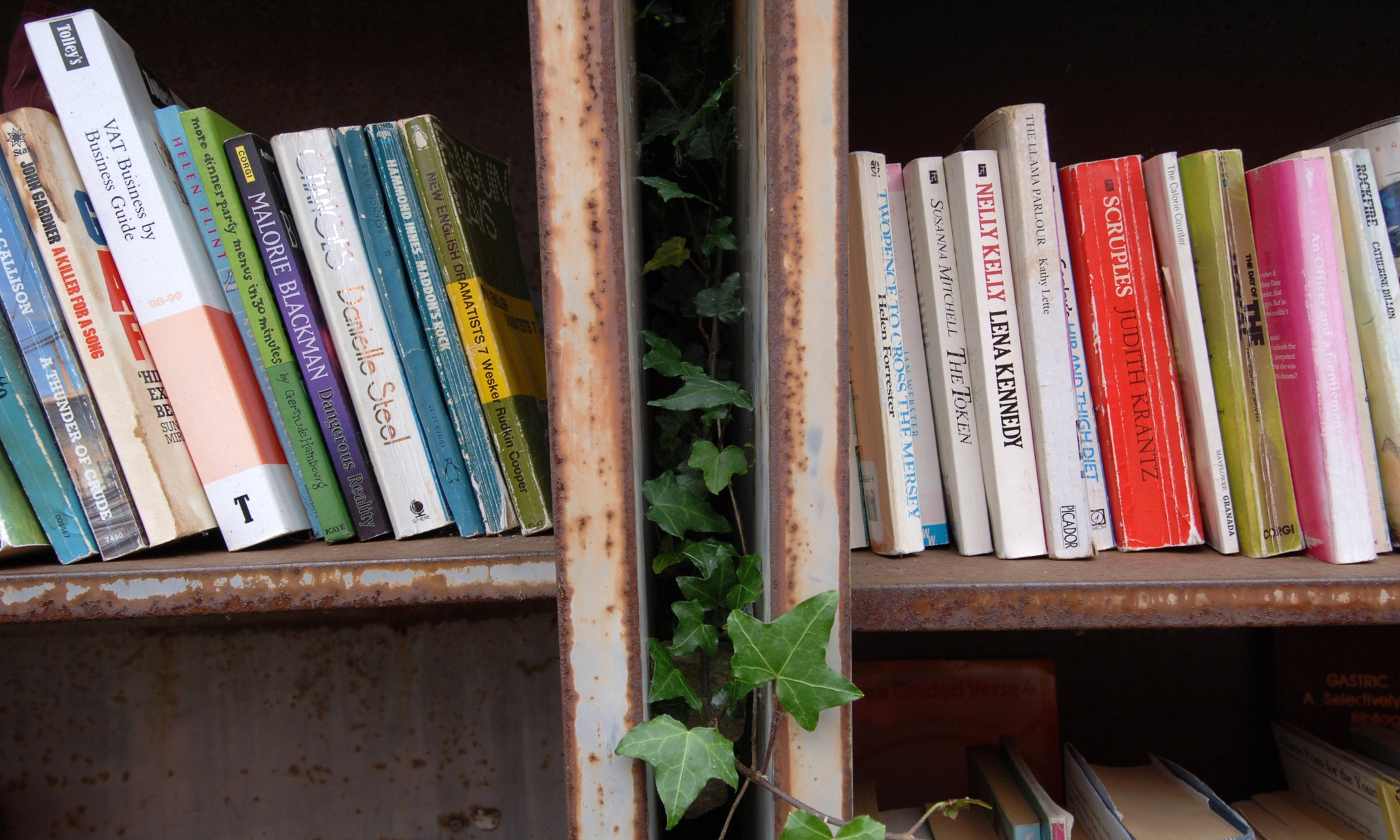 Can you really make a living by selling used books on Amazon for a penny?