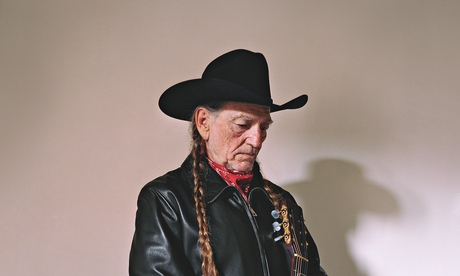 Willie Nelson: 'I've bought a lot of pot, and now I'm selling some back'