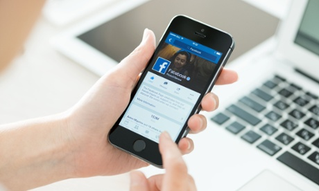 Belgian privacy watchdog threatens Facebook over user tracking