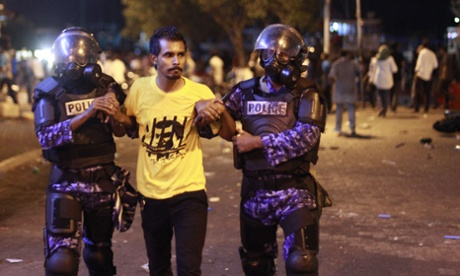 Maldives arrests leaders of opposition parties after violent protests