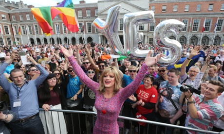Ireland becomes first country to legalise gay marriage by popular vote