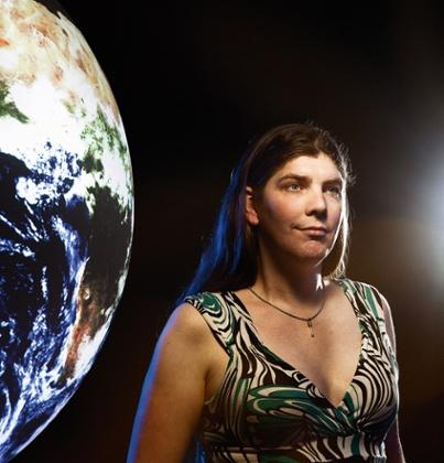 အင်္ဂါဂြိုဟ်: Alison Rigby