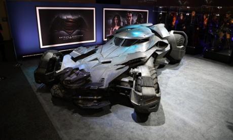Batman v Superman: new synopsis and DIY Batmobile unveiled