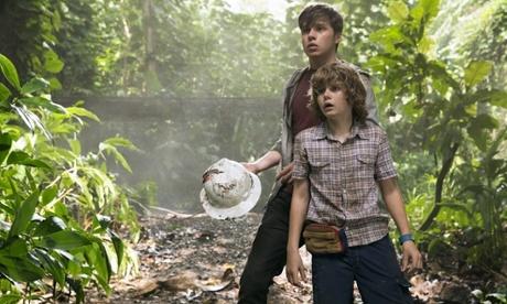 Jurassic World review – Chris Pratt runs riot in upgraded dino-disaster movie