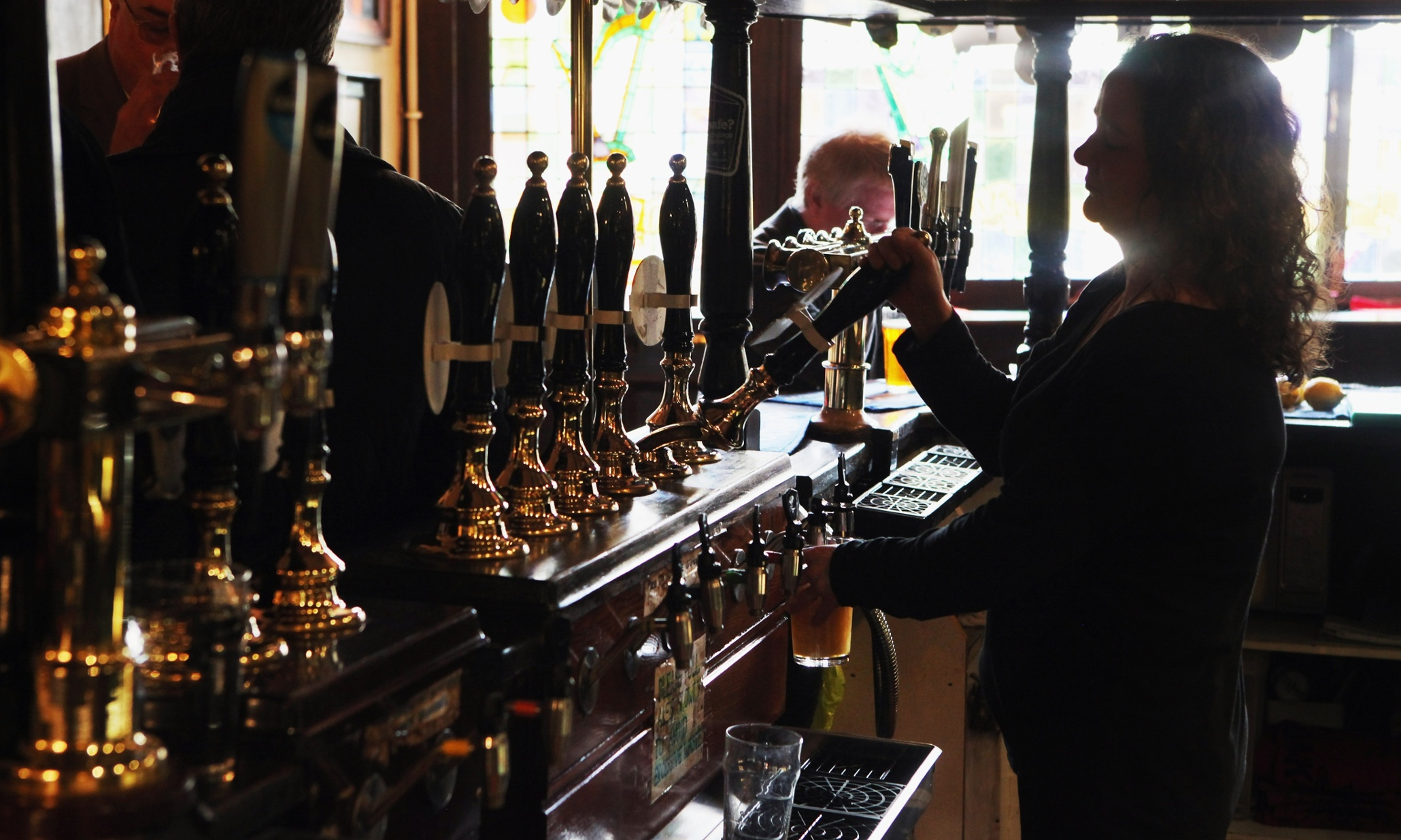 As a new report suggests that more than 90% of pub visits involve the eating of food, is the age of the quick pint and boozy drinking den over?