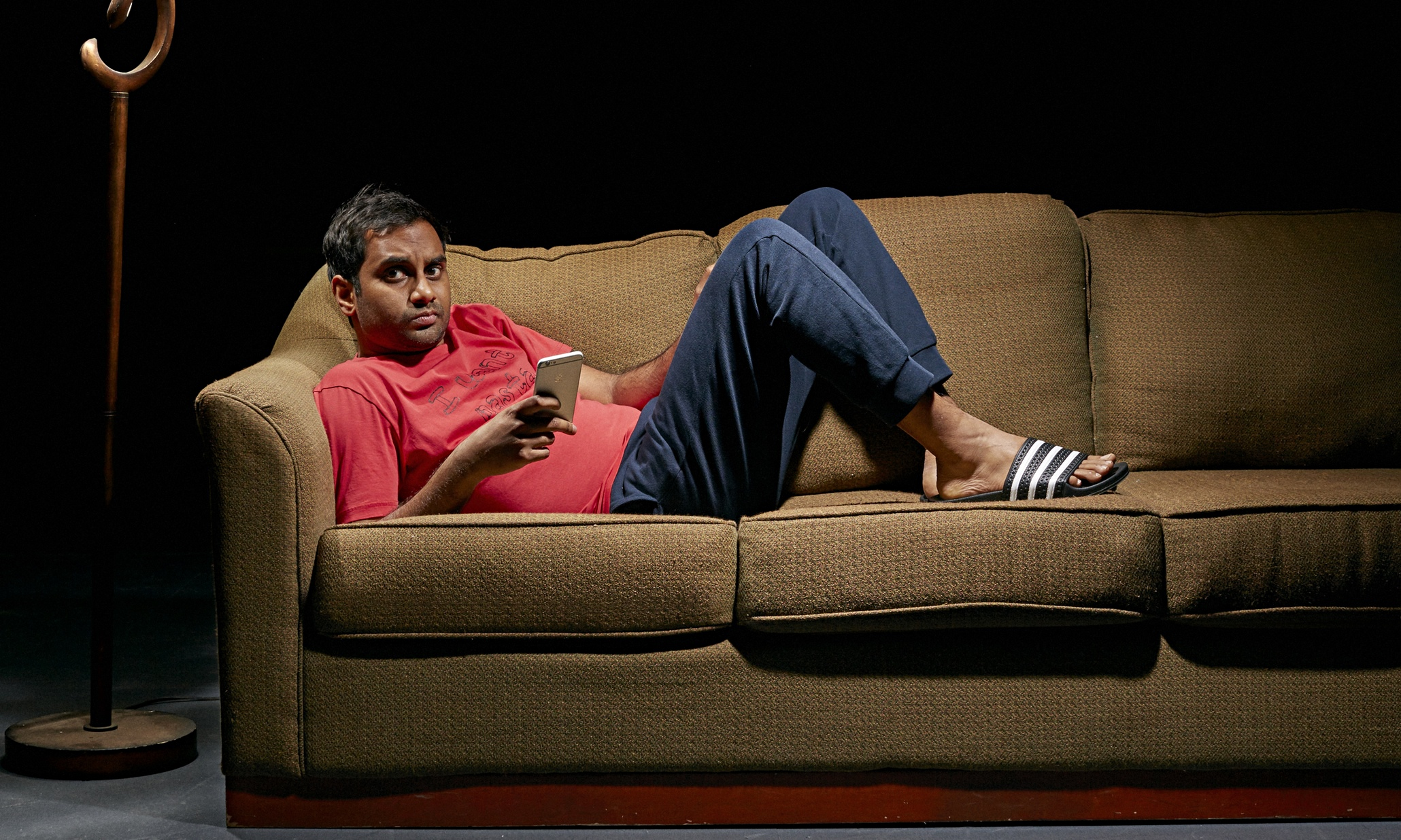 lifeandstyle aziz ansari modern dating extract guide