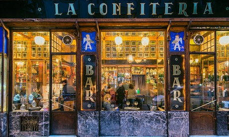 The 'beautiful, classic, gold shimmering bar', La Confiteria.