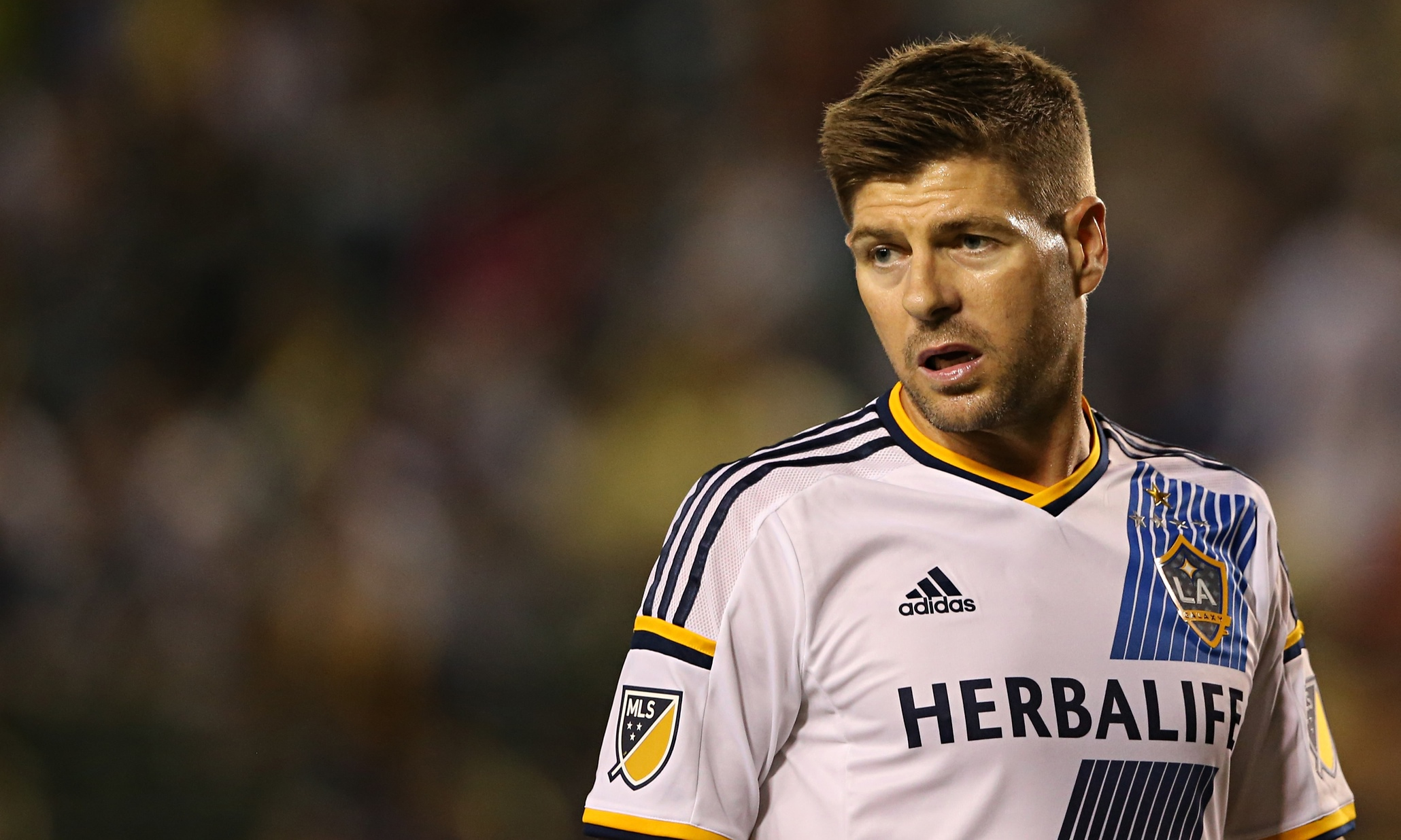 Steven Gerrard Kicks Off For La Galaxy With A Win Against