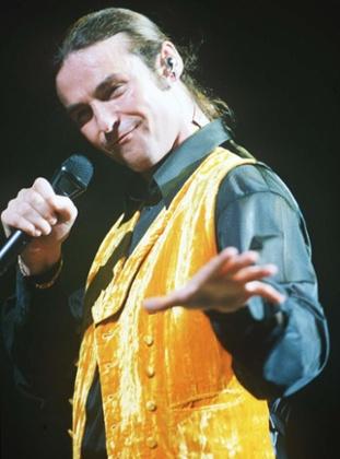 Marti Pellow of Wet Wet Wet at Wembley Stadium, London, in 1995.