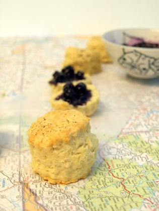 Road-trip repast: ColonialCravings' pic of Tennessee-style buttermilk biscuits.