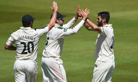 Nottinghamshire skittle Worcestershire thanks to Andy Carter heroics