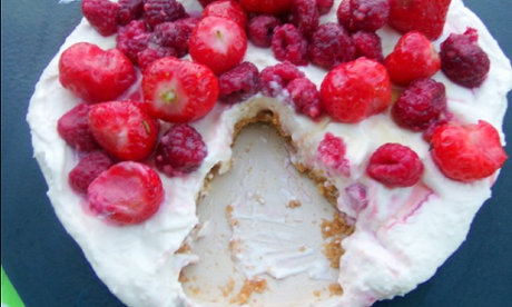 Double coconut and berry cheesecake