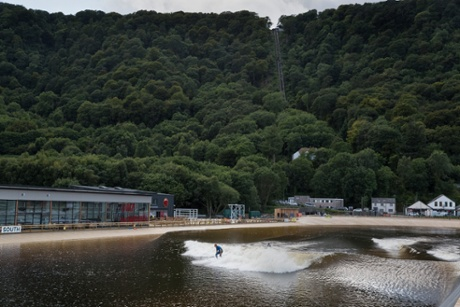 Surf Snowdonia's dramatic setting.