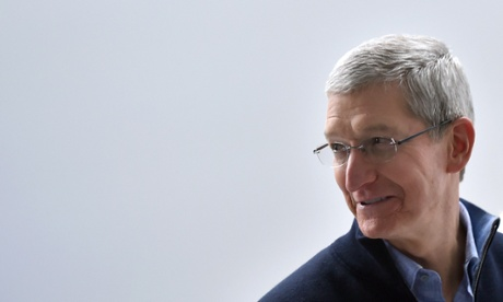 Apple pay $700,000 a year for Tim Cook's security