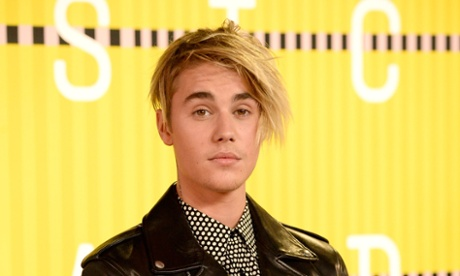 Justin Bieber breaks charts record with first UK No 1
